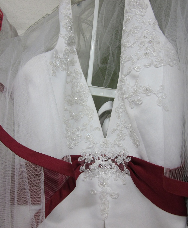 White And Maroon Wedding Dresses 92