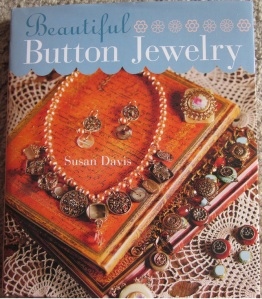 Book Review:  Beautiful Button Jewelry