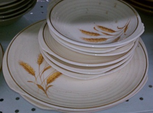 Edwin Knowles Yorktown dishes2