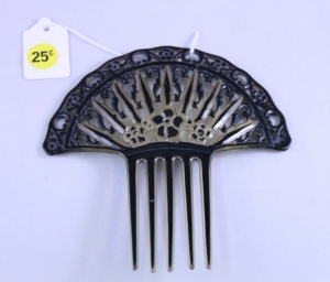 Bargain Basement Comb