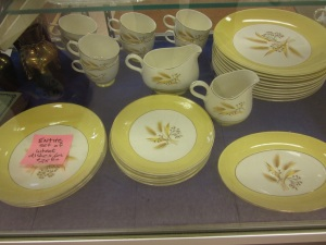 Wheat pattern dishes