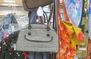 Happy purse