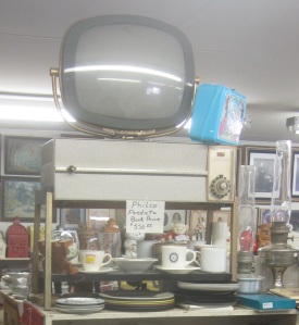 Philco TV front