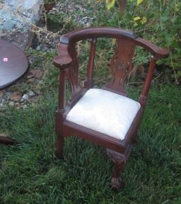 children's corner chair