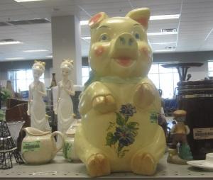Chalkware Piggy Bank2
