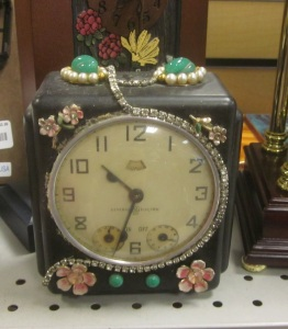 OMG look what someone did to that clock