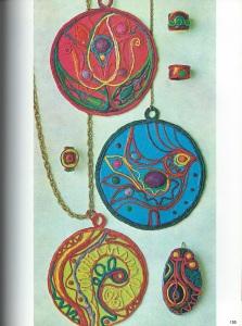 giant-jewelry