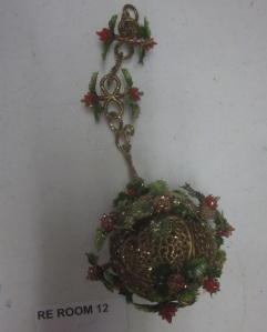 plastic-christmas-ornament