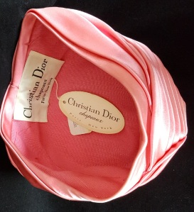 Dior hat label